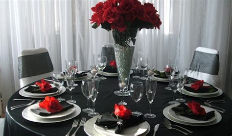 black table decorations for weddings