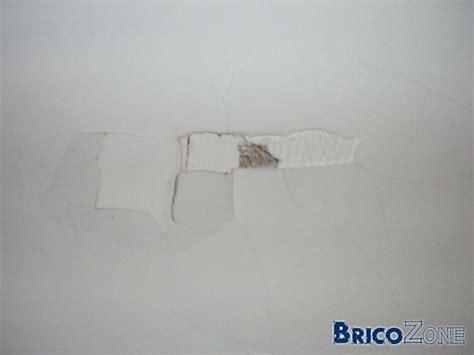 comment reboucher un trou au plafond de conception de maison