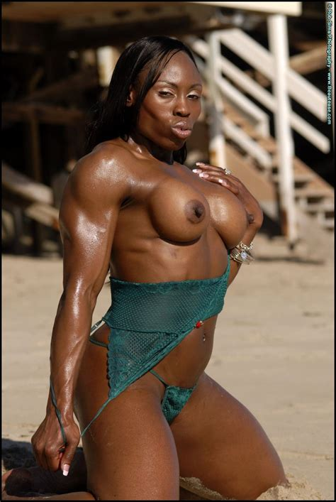 Ebony Victoria Dominguez Flashing Tits On The Beach