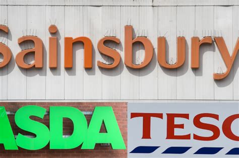 Bank holiday opening hours for Tesco, Aldi, Lidl ...