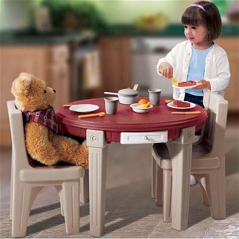 step 2 lifestyle dining room table chairs set shespeaks