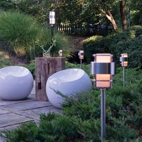 how to choose landscape lighting design necessities lighting