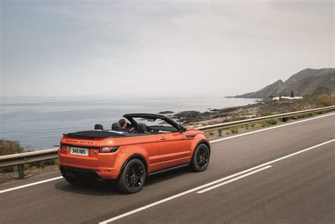 this is range rover s 2017 evoque convertible priced from 50 475 55 pics