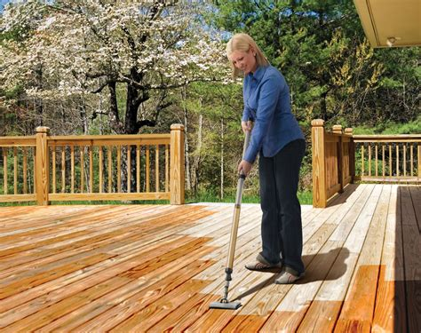 How To Stain A Deck Using The Deck Washer, Finish Max