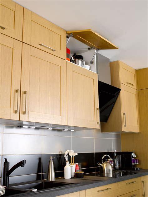 meubles cuisine bois brut cuisine meuble cuisine jusqu au plafond conception de