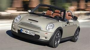 Mini Cooper Cabrio : 2007 mini cooper s cabrio sidewalk wallpapers and hd images car pixel ~ Maxctalentgroup.com Avis de Voitures
