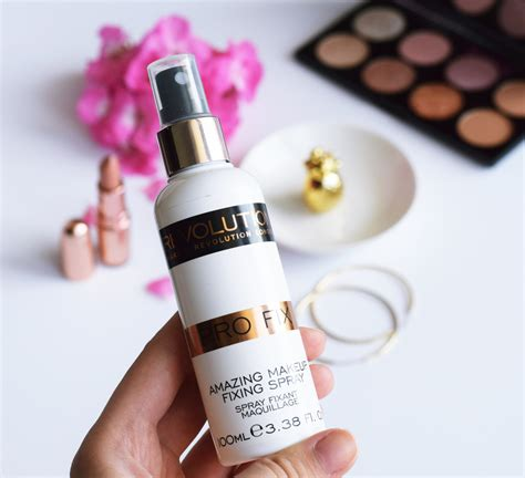 favorite makeup revolution fixing spray zalabell