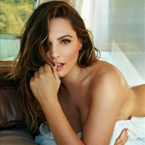 Hottest Nude Celebrities In Pics You Must See To Believe Yourtango