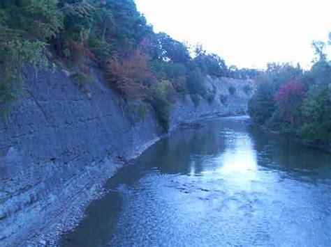 rocky river reservation cleveland metroparks hiking trail