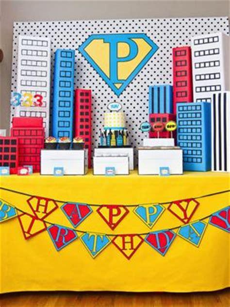 mesa de dulces superheroes paperblog