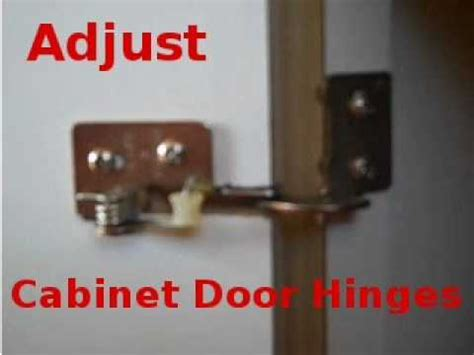 adjusting kitchen cabinet hinges adjusting cabinet door hinges 3997