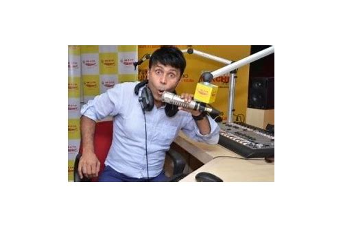 radio naved mirchi bakra baixar 2015