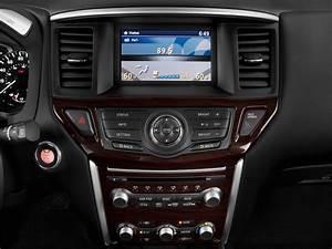 Image  2016 Nissan Pathfinder 2wd 4