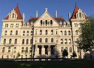 Reports Say Prosecutors Are Probing NY Senate Payments | WAMC