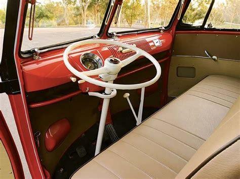 1958_volkswagen_23_window_interior_steering_wheel.jpg 640