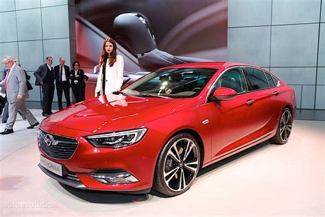 Second Generation Opel Insignia Showcased In Geneva, Its