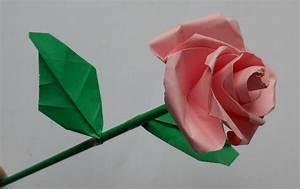 Basteln Mit Papier Anleitung : rose aus papier falten blumen basteln anleitung dekoking ~ Frokenaadalensverden.com Haus und Dekorationen