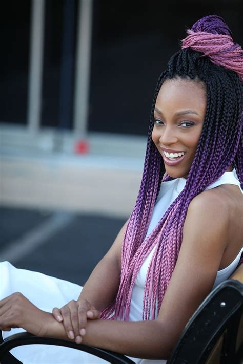 stunning medium box braids