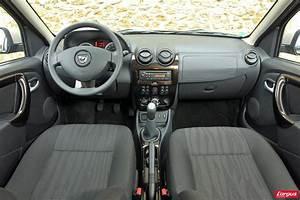 Dacia Duster Noir : dacia duster 4x2 ou sandero stepway pour sortir des sentiers battus photo 9 l 39 argus ~ Gottalentnigeria.com Avis de Voitures
