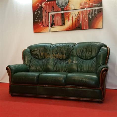 canapé cuir et bois rustique canapé stylisé cuir vert bois apparent 3 places n124
