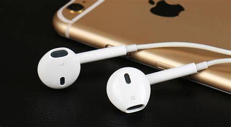 apple earpod headphones leak reveal lightning connector for iphone 7 slashgear