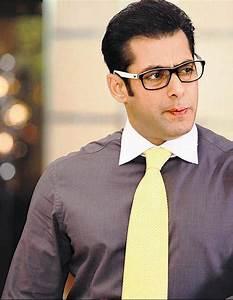 Salman Khan Height Weight Body Statistics - Healthy Celeb  Salman