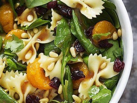 comment cuisiner sainement 25 best ideas about manger sainement on