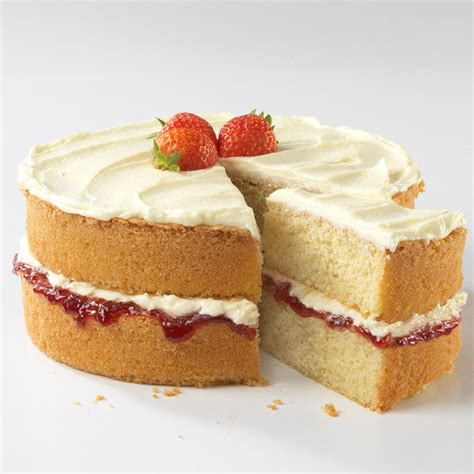 victoria sandwich cake  buttercream icing baking mad