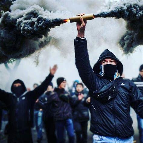 pyro  party soccer ultras   smoke bomb