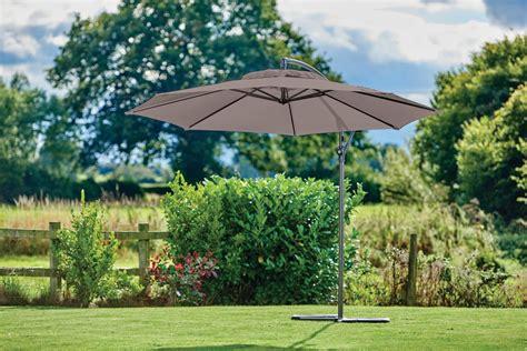supremo free supremo riviera free arm parasol 3m almond burleydam