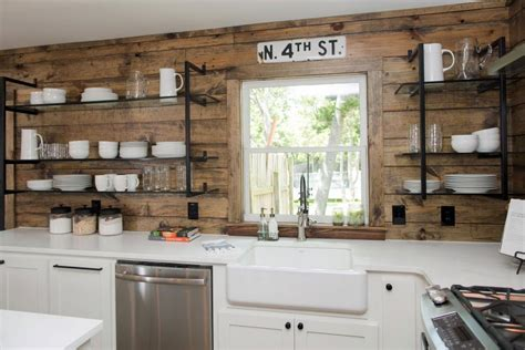 country kitchen inspiration hgtv country kitchen inspiration construction 2817
