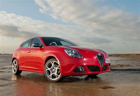 Alfa Romeo Giulietta by Alfa Romeo Giulietta With Tct Transmission