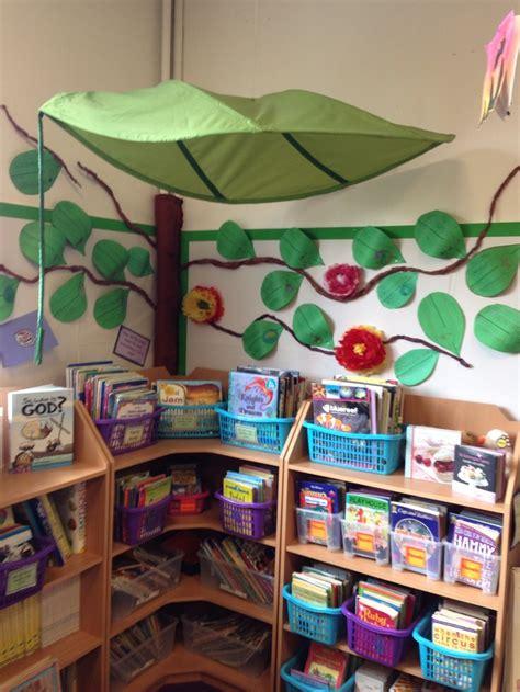 80 best book corner ideas images on reading 180 | ab97e35514e4a6d1e9f8830ab97f1744 classroom organisation classroom displays