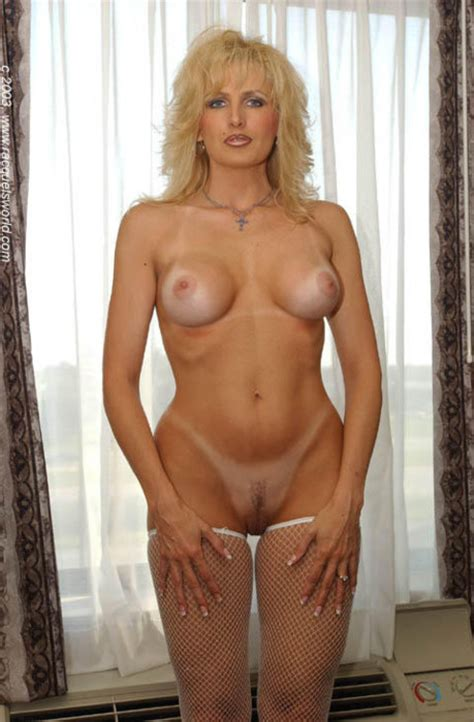 Milf » Blonde Thumb » Page 432