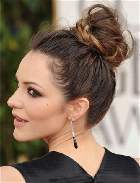 high hair bun styles top 25 bun hairstyles unique and easy buns 4396