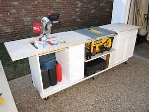 Recycling old furnitures #1: Recycling a built-in desk to
