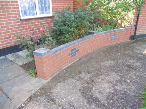 garden wall at wymondham norfolk