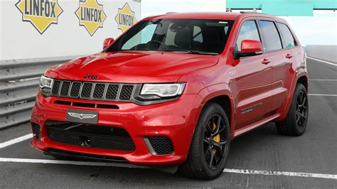 jeep grand cherokee trackhawk au wallpapers