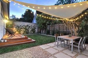 Small-Backyard-Hill-Landscaping-Ideas-to-Get-Cool-Backyard