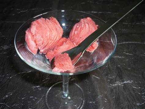 glacer en cuisine un tour en cuisine 128 glace à la fraise chez ale