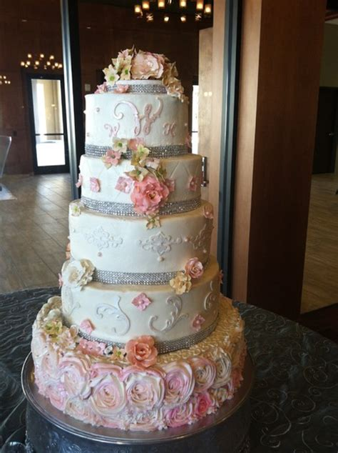 suzy zimmermann queen  cake   san antonio