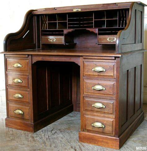 bureau à cylindre bureau à cylindre de type dos d 39 âne vers 1930 de marque