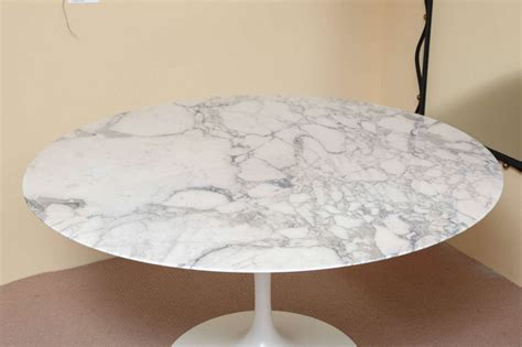 round marble table top round marble top saarinen dining table at 1stdibs