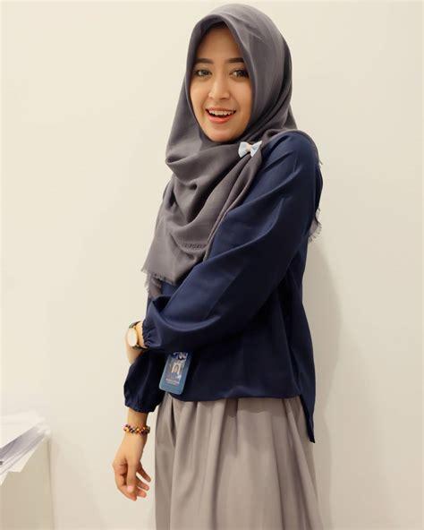Tips Fashion Hijab Semi Formal Untuk Ke Kantor | Bababeli