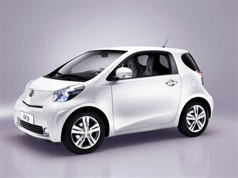Aston Martin Cygnet Or How To Design A Small Car For Just