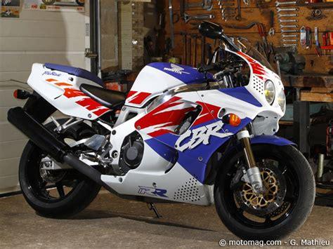 Histoire moto : la Honda CBR 900 RR Fireblade dans tous ...