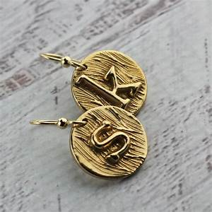 initial necklace custom letter necklace in gold bronze With small metal letters for jewelry