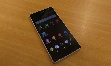sony xperia  smartphone review  pro