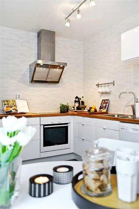 deco cuisine blanche la cuisine blanche et bois en 102 photos inspirantes
