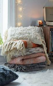 25 best ideas about cozy blankets on pinterest woven With big comfy throw pillows